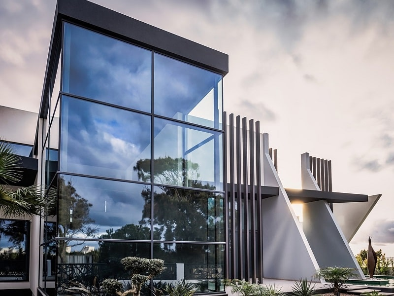 Stikliniai fasadai